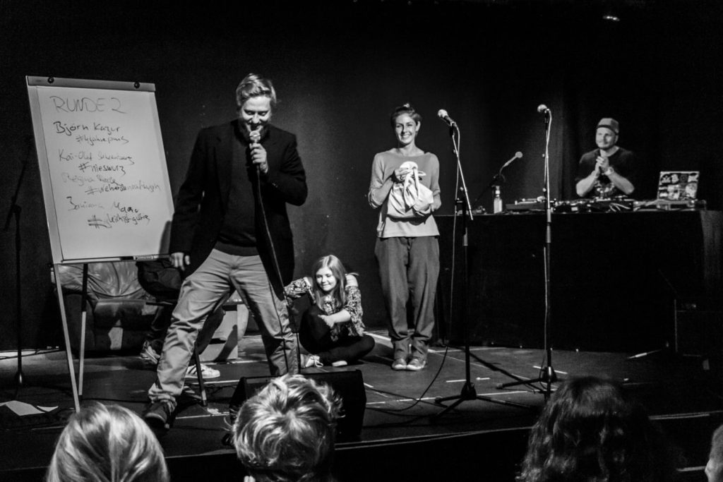 KuFa_-_Poetry_Slam_10_2018_MG_7694_sw-min