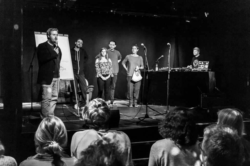 KuFa_-_Poetry_Slam_10_2018_MG_7706_sw-min